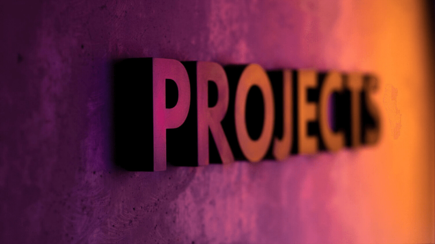 Wand mit Schriftzug Projects